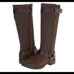 UGG Australia DREE Dark Chestnut Brown Boots